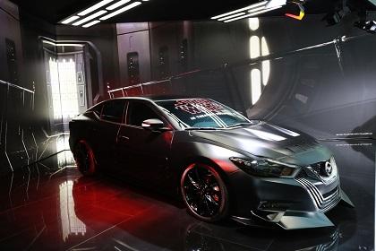 Nissan presenta su stand temático inspirado en Star Wars en el