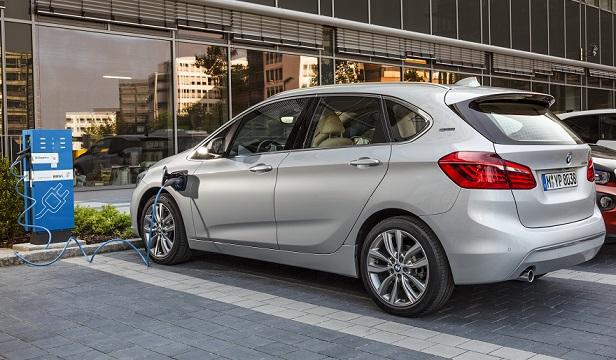 BMW 225xe_2.jpg